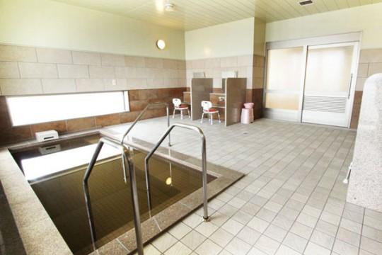 天然モール温泉の大浴場